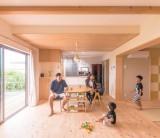 フジモクの家 施工事例 ~収納力抜群ですっきり暮らす、スクエアな外観の家~ ①