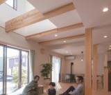 フジモクの家 施工事例~庭とリビング、つながりのある住まい~