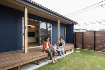 経年変化も楽しみな、自然素材×ヴィンテージの家