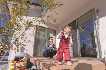 共働き・子育てママの笑顔が増えるひのきの家 サブ画像9