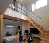 フジモクの家 施工事例~吹き抜けダイニングが伸びやかな、木の素材感を楽しむ家②~