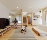 フジモクの家施工事例~庭とリビング、つながりのある住まい~