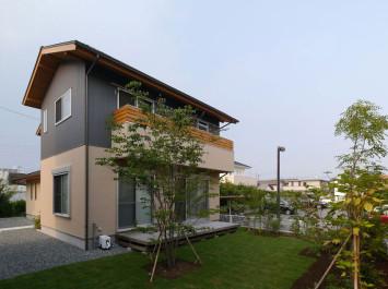 自然エネルギーを最大限に生かす、太陽と風の家