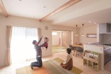 共働き・子育てママの笑顔が増えるひのきの家 サブ画像7