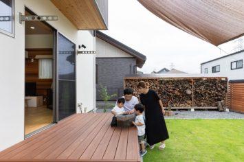 木の家と薪ストーブを楽しむ暮らし サブ画像4