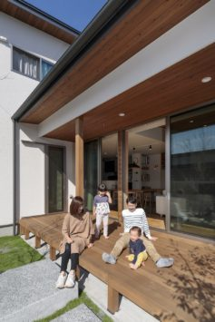 心豊かな暮らしを楽しむ 外と内をつなぐ家 サブ画像3