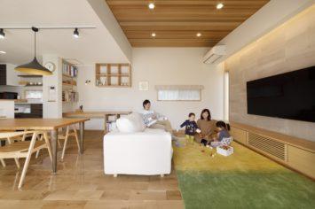 心豊かな暮らしを楽しむ 外と内をつなぐ家 サブ画像1